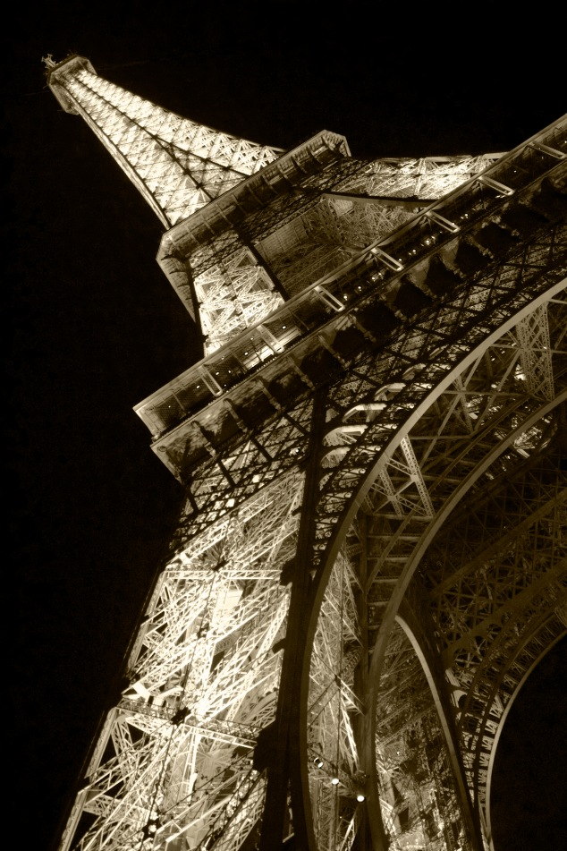 Eiffel Tower3A